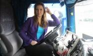 dorota-trucking-girl-w-rytmie-silnika